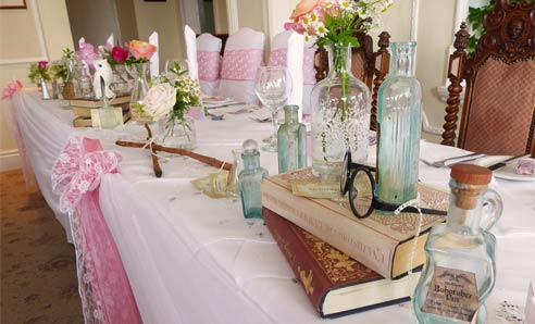 Harry-Potter-Wedding-Top-Table